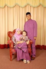 Abang Kedua dan Kakak Ipar bersama sorang anaknya