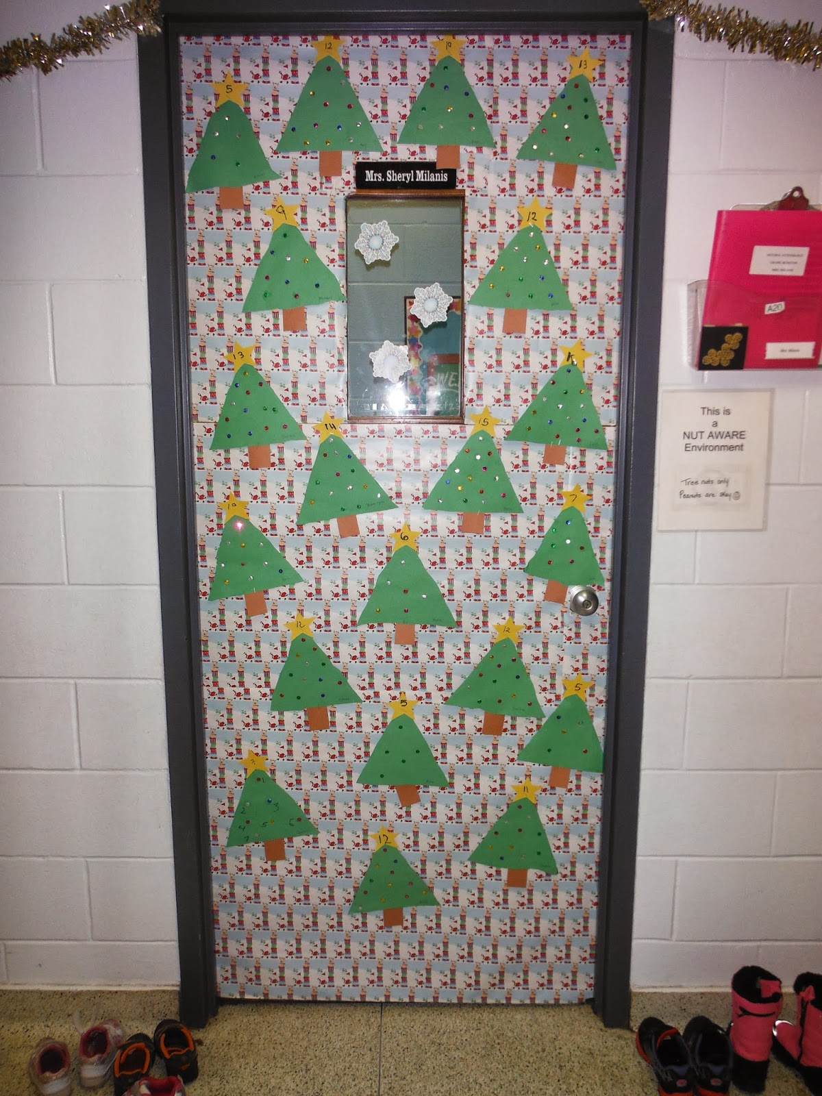 Decorating Ideas > Notre Dame Catholic Elementary School News And Events  ~ 094622_Elementary Door Decorations Ideas For Christmas