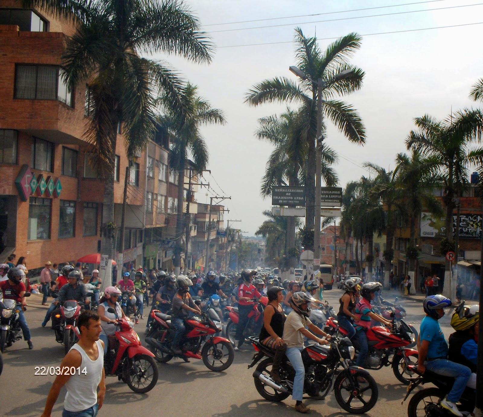 http://fusagasugaprensametronet.blogspot.com/2014/03/motociclistas-se-movilizaron-contra-el.html
