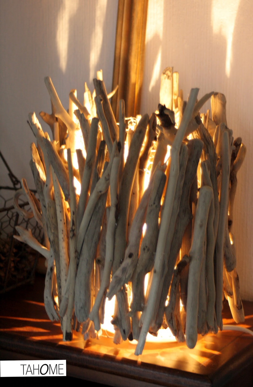 tahome luminaire. Black Bedroom Furniture Sets. Home Design Ideas