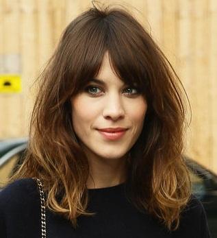 7 Peinados para pelo rizado fáciles y rápidos Chicas Tips - Peinados Informales Pelo Rizado