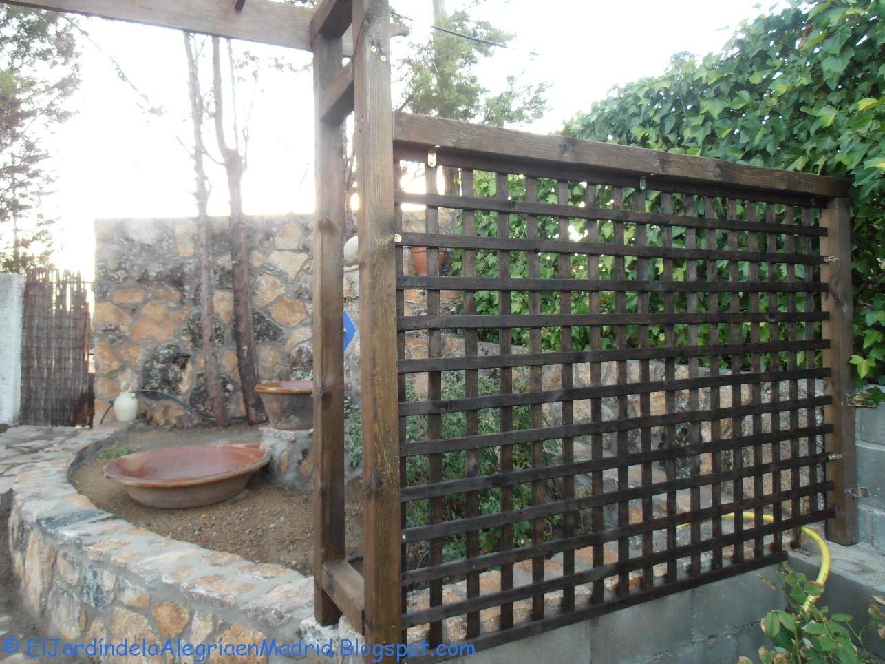 El jard n de la alegr a constru mos un arco de madera for Estructuras para jardin