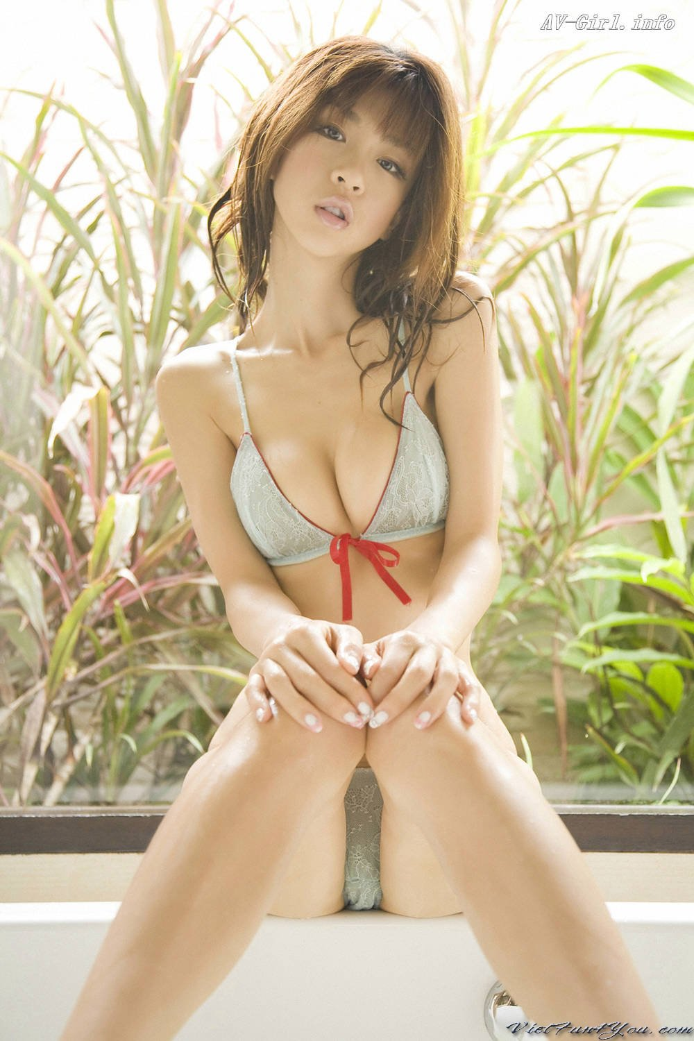 japan nude girl topless