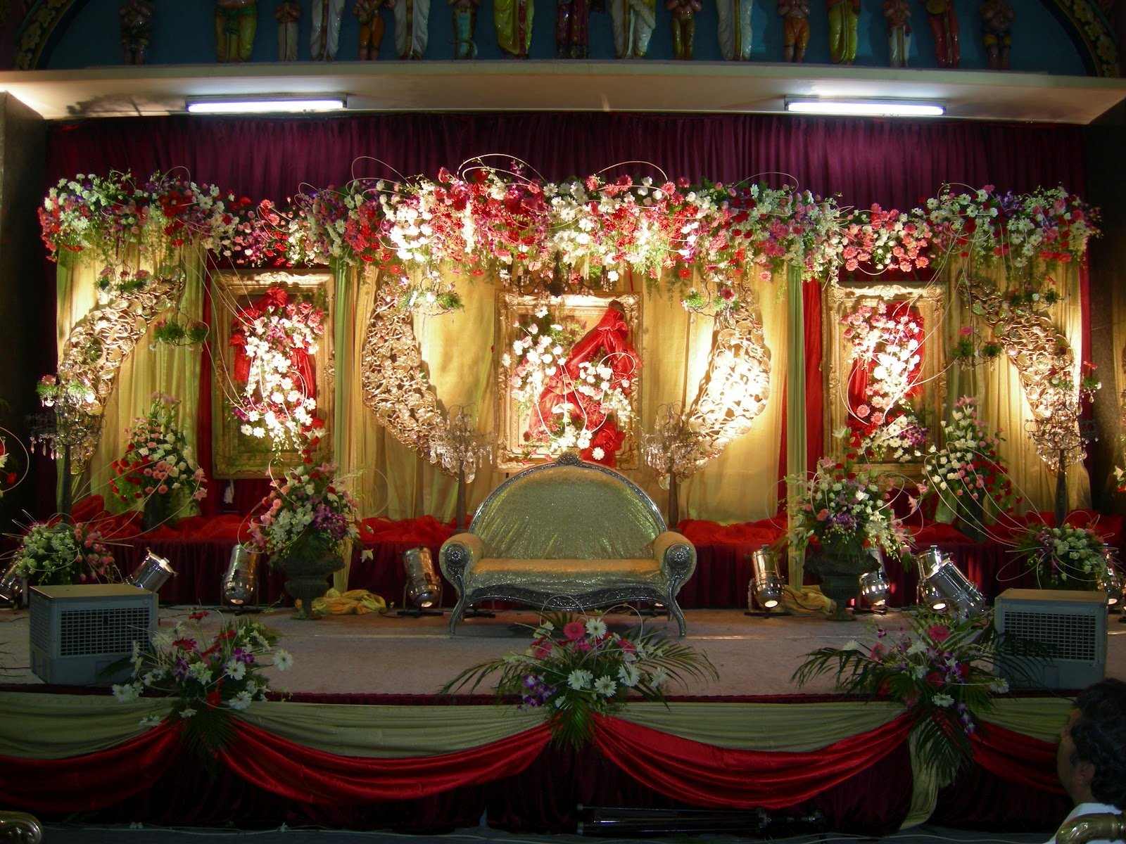 Indian wedding sets stage designs for Background decoration for indian wedding