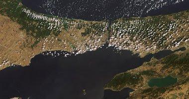 قناه السويس هي البديل لعبور السفن الروسيه في حال زيادة الخلافات بين روسيا وتركيا
