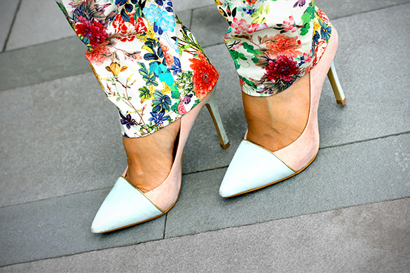 ShoeDazzle Two Tone Mint Pink Pumps