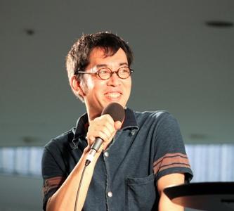ゲストに加藤泉さんと片桐功敦さん、トークコーディネーターに原久子さんを交え、内容の濃い時間となり