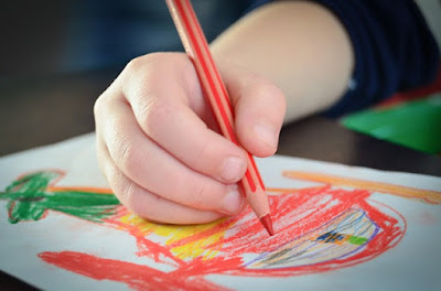 Aktiviti Homeschooling - Mewarna dan melukis