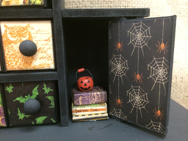 Halloween Chimney @craftsavvy #craftwarehouse #halloween #graphic45 #diy
