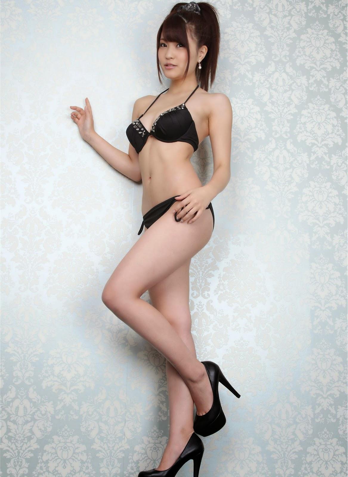 Ảnh gái đẹp Asuka Kishi siêu mẫu nội y cực dâm 3