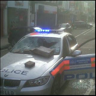 Disturbios de Londres Enfield-riot