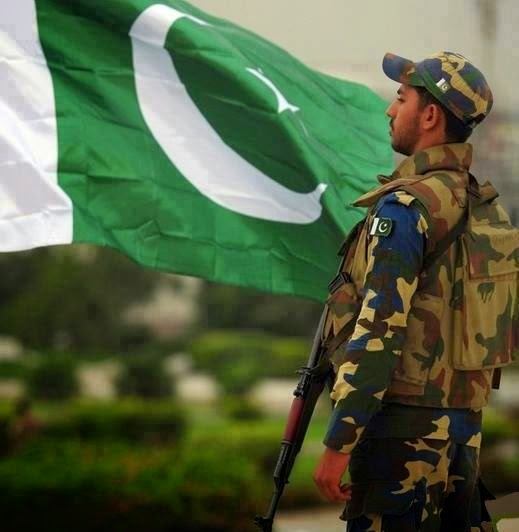 Pakistan Army With Flag Of Pakistan