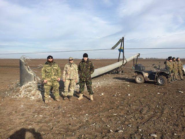 Подрыв опор высоковольтной линии электропередачи, подающей электричество в Крым
