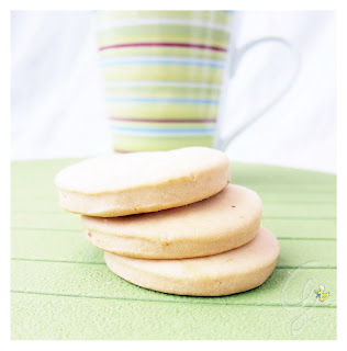 Biscotti all'olio d'oliva - olive oil cookies
