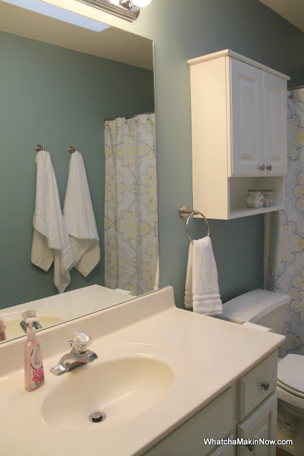guest bathroom makeover - aqua, white, gray, yellow - @whatchamakinnow