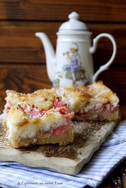 Experimente aus meiner Küche: Erdbeer-Rhabarber-Kuchen mit Makronenguss
