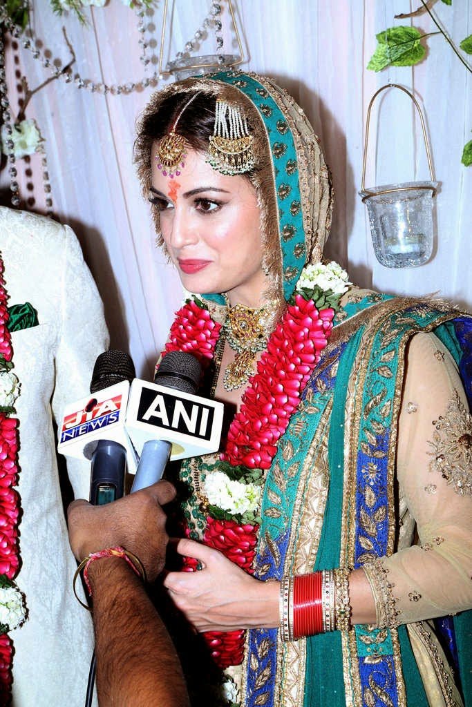 Dia Mirza-Sahil Sangha wedding Photos