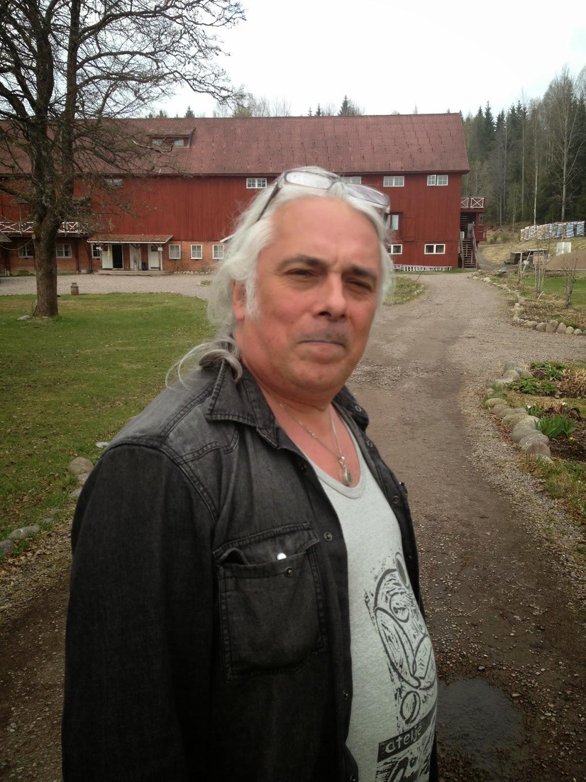 julia escort nyköping sex homo telefon