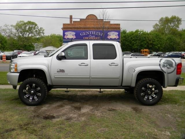 Rocky Ridge Truck listings from multiple dealers representing Chevy