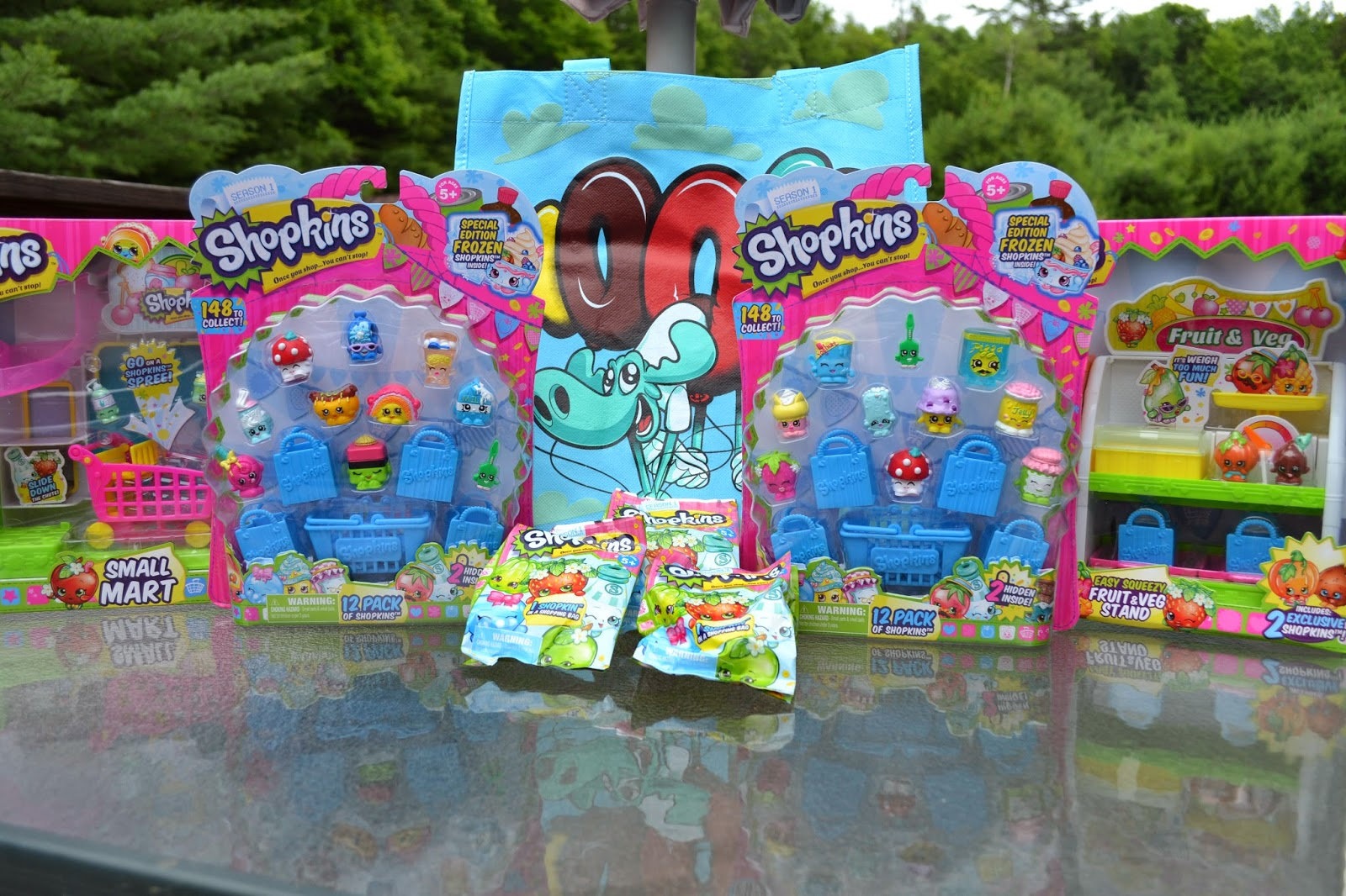 shopkin14 Shopkins Summer Playdate   What a great day with new collectible and a  Shopkins prize pack giveaway!