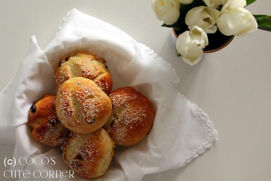 Tea Cake / Raisin Bread