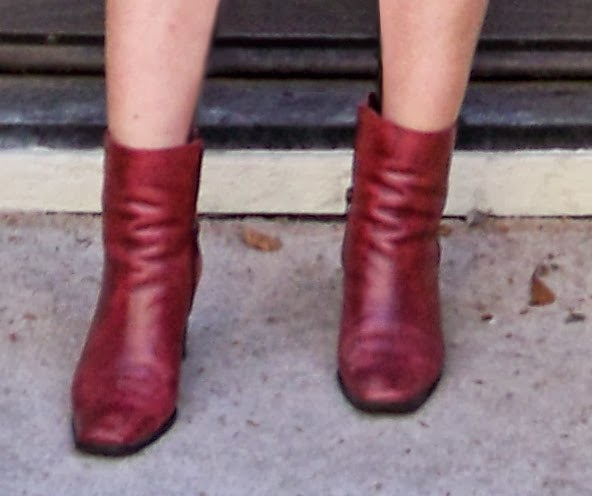 flattering ways of wearing ankle boots flatter your figure