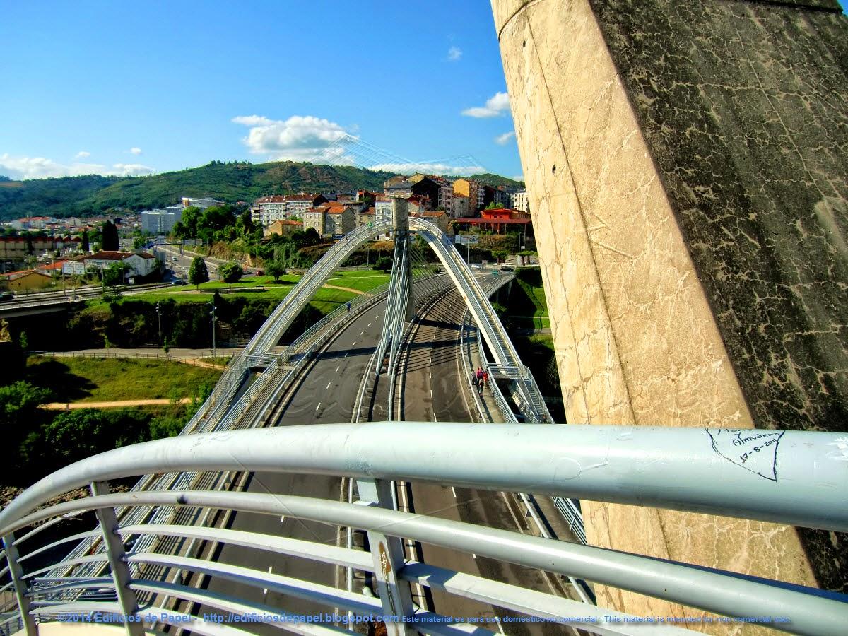 Desde lo alto, Puente Milenio Ourense