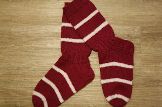 stripy_sock_diy