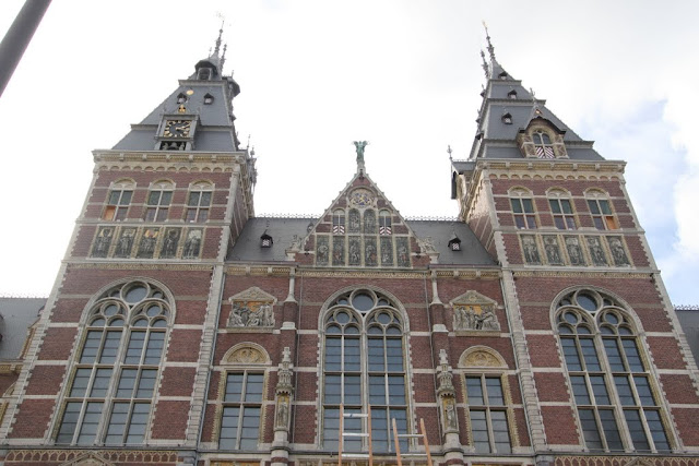 A close view of the architectural d design of Amsterdam Museum in Amsterdam, Netherlands