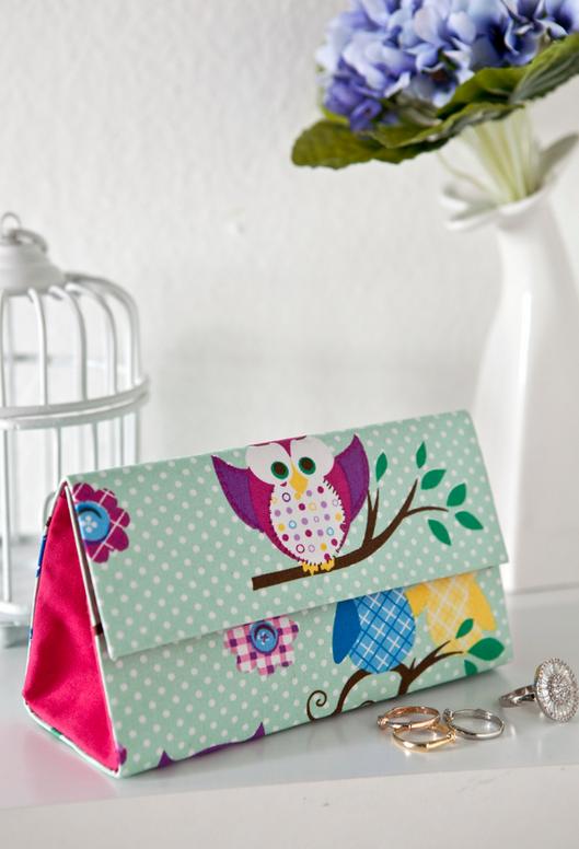 Bolsa De Mão Feita Com Papelão : Uma m?e antenada carteira de m?o feita com caixa leite
