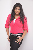 Sowmya Glamorous photos at Galata Audio-thumbnail-1