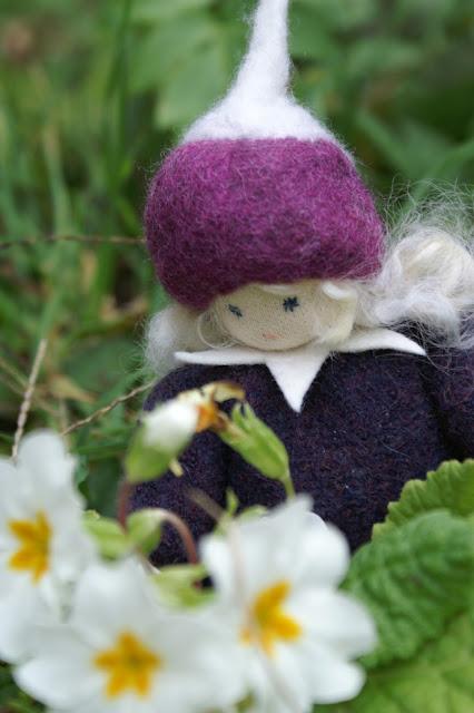 Puppen nähen für den Jahreszeitentisch