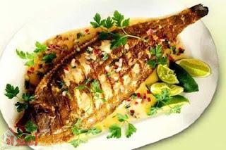 هل تناول الأسماك يفيد فى تغذية الشعر ؟؟