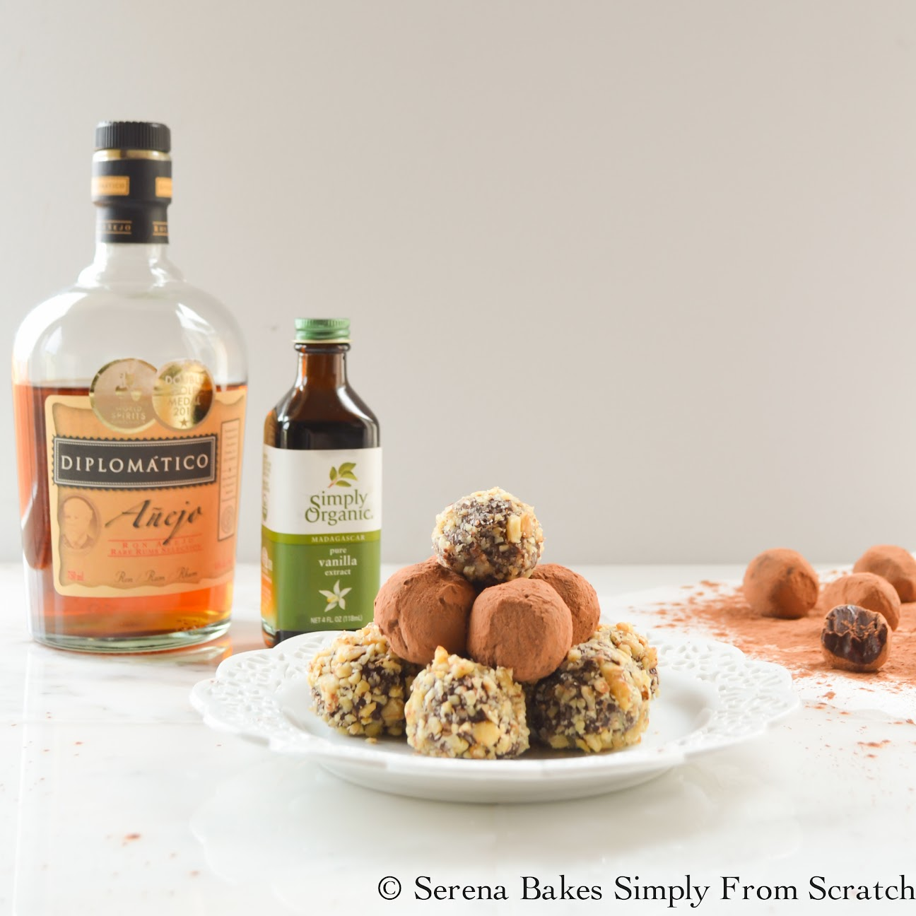 Chocolate Rum Truffles #BoozyTruffles