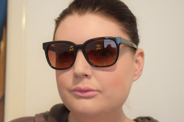 Tens Sunglasses worn by Laura Pearson-Smith