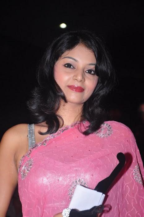sanam ambuli movie saree photo gallery