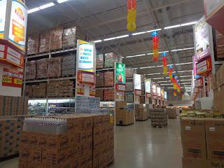 Espaço interno da loja.