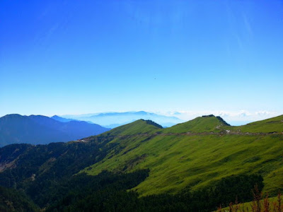 Blue Sky and Green Hehuan Mountain Taiwan