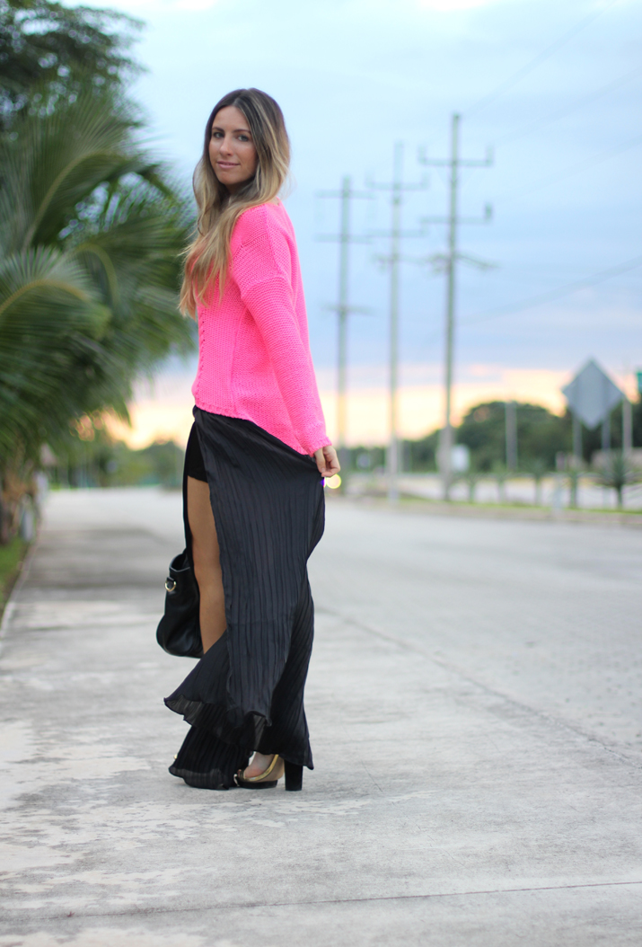 Maxi skirt fashion blogger