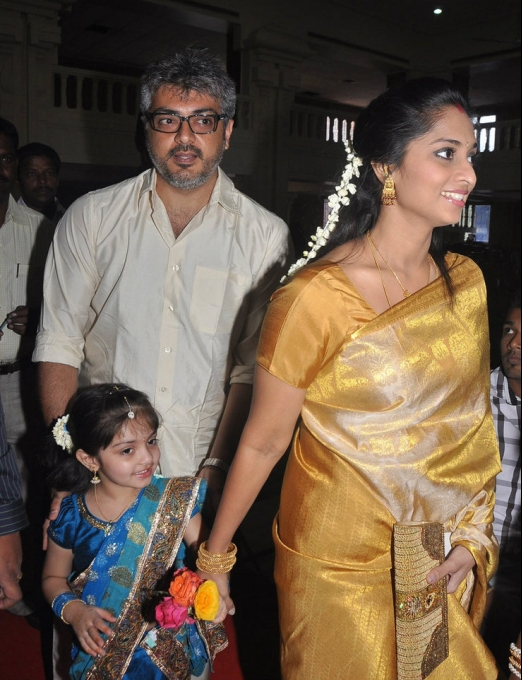 Ajith, Shalini and daughter photos