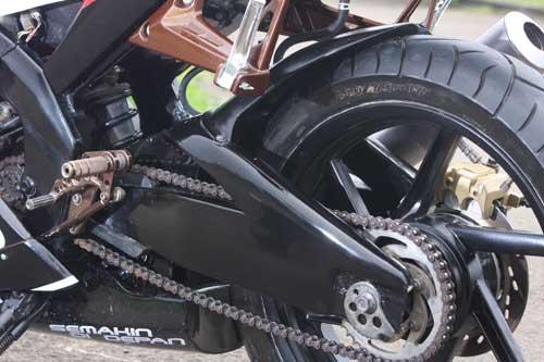 Contoh Modifikasi Yamaha Vi-xion Terbaru 2012