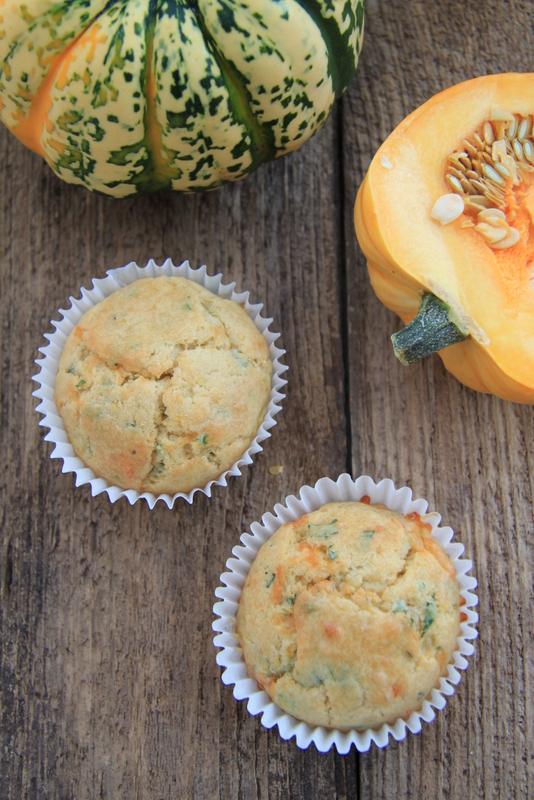 Muffiny z dynią, serem i ziołami