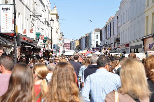Portobello+Market+Notting+Hill+shopping+crowds