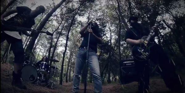 "PHASE REVERSE: Δείτε το νέο τους video για το ""Downfall"""