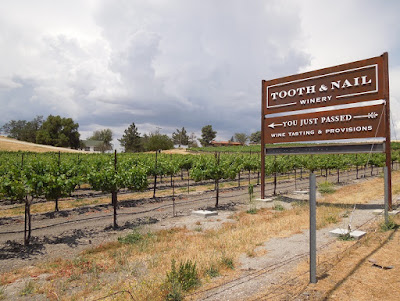 Tooth and Nail Winery Sign on Hwy 46 W, Paso Robles, © B. Radisavljevic