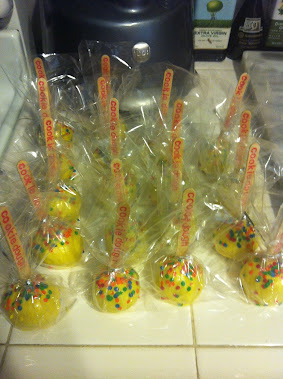 COOKIE DOUGH CARNIVAL POPS