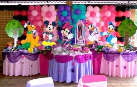 Decoracion con mickey mouse y sus amigos decoraciones for Decoracion la casa de mickey mouse