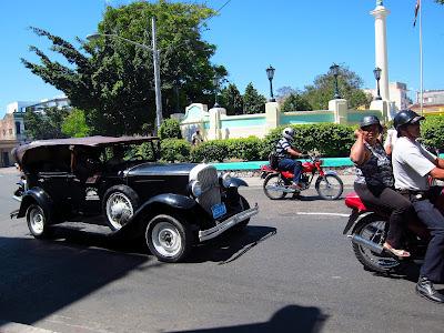 Santiago de Cuba very vintage car