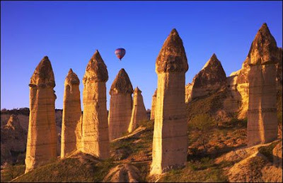 Unik, Di Turki Ada Batu Bebatuan Yang Berbentuk Menara Kastil