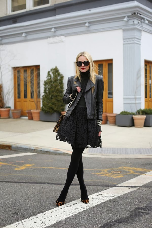 Head to Toe in Black {Atlantic - Pacific} || Sprinkles and Style